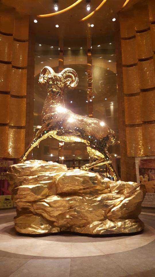 mgm-stag-statue